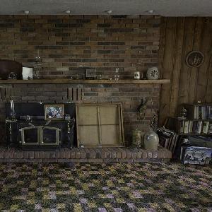 Abandoned Antique House Escape