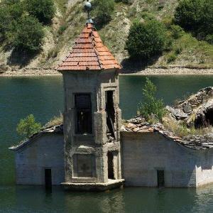 Abandoned Reservoir Escape