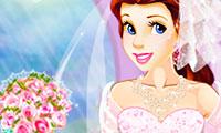 Princess Belle: Ball Dress Up